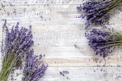 Fototapet Torr lavander design med bukett på träbakgrundsbild