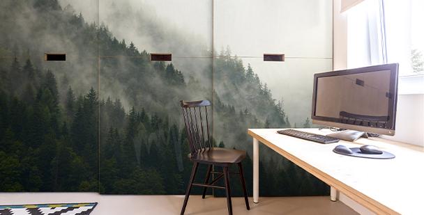 Väggdekor med dimmig skog